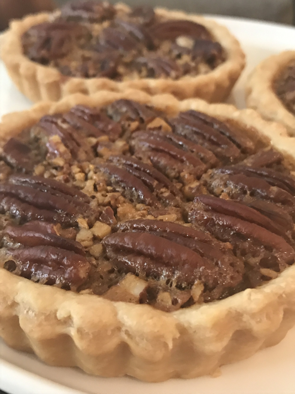 mini pecan pie LaRomiBakery