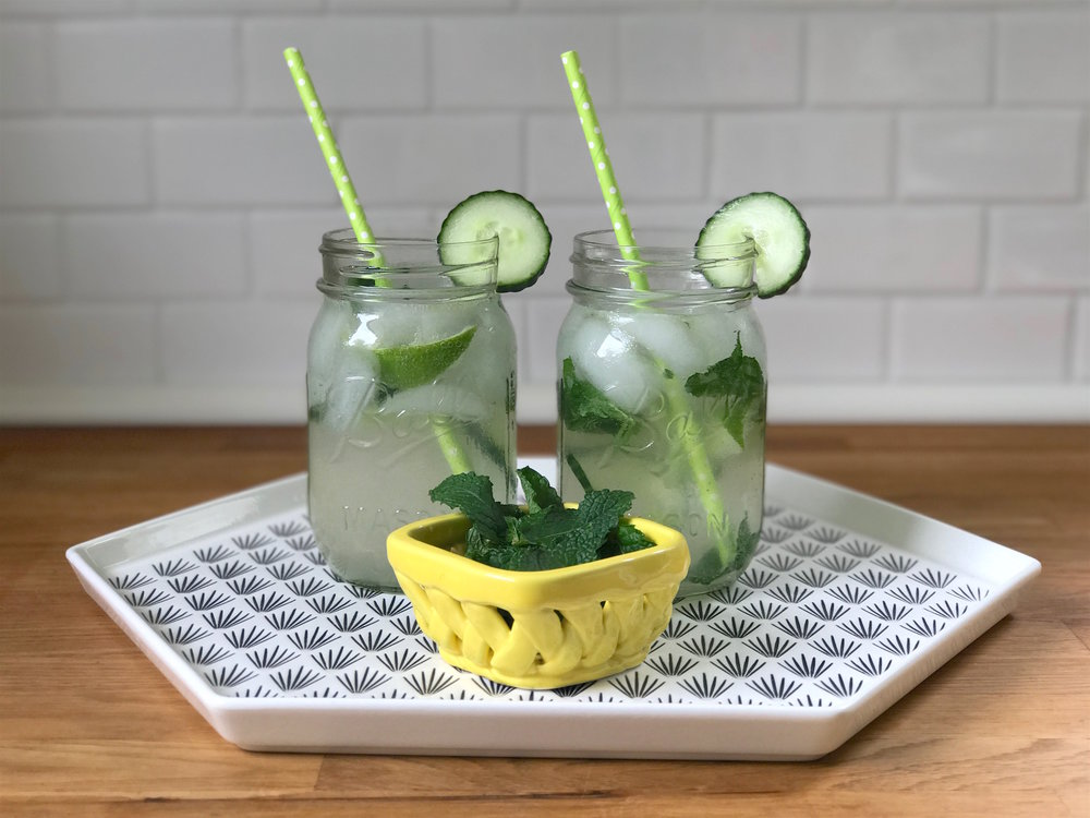 SparklingCucumberMintCocktail_BossBabeClub_GirlsNightRecipes2