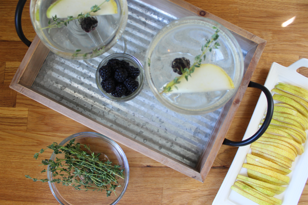 Pear+Thyme+Cocktail+9.png