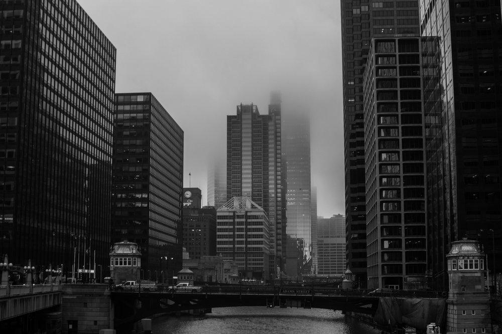 Blick über den Chicago River in der Nähe des Bahnhofs