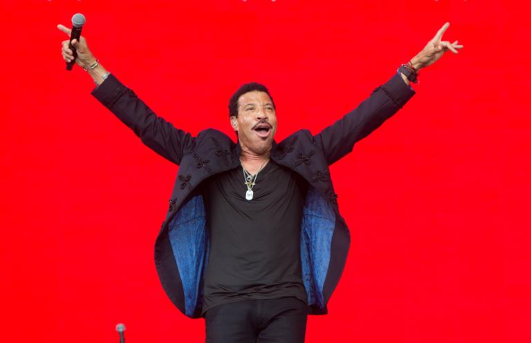 Hire Lionel Richie for Events