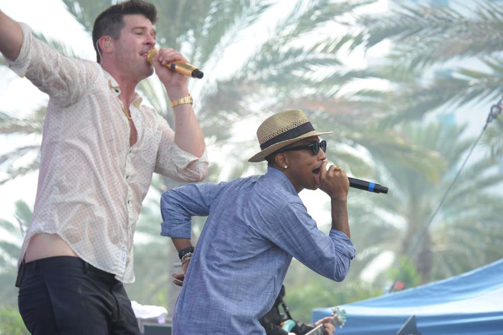 Hire Robin Thicke for Events