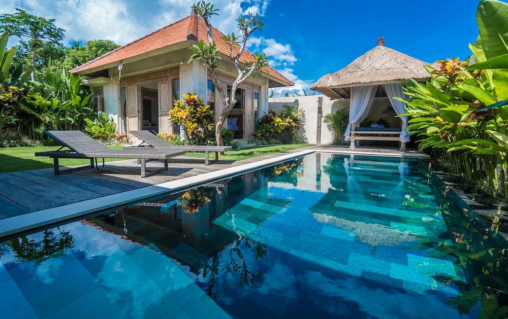 Villa_in_Seminyak_Bali_Villa_Victoria_Modern_French_DSC06529.jpg