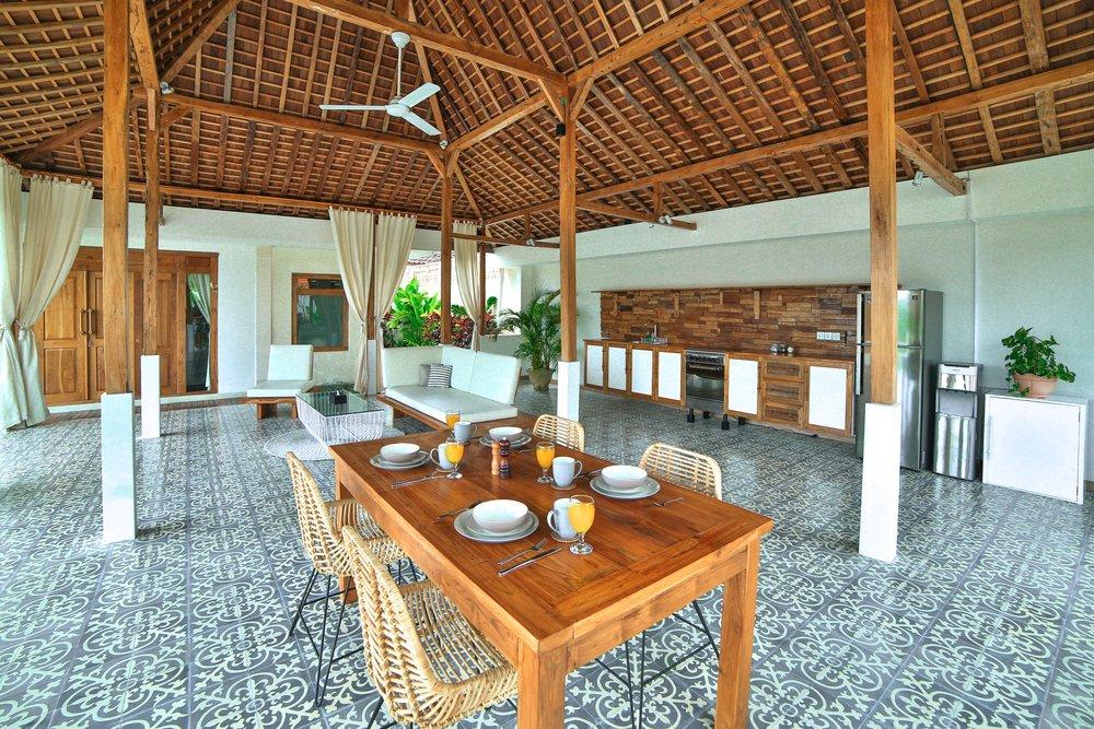 Swiss_Villa_in_Seminyak_Bali_by_Victoria_Villas_858A0518.jpg