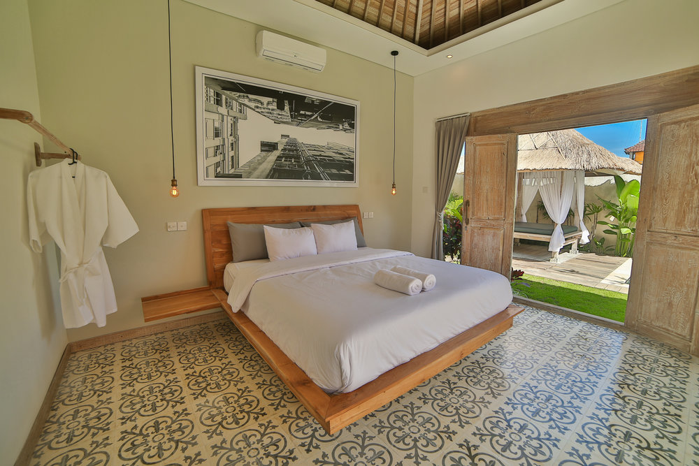 Contact_Victoria_Villas_Best_Villa_in_Seminyak.jpg