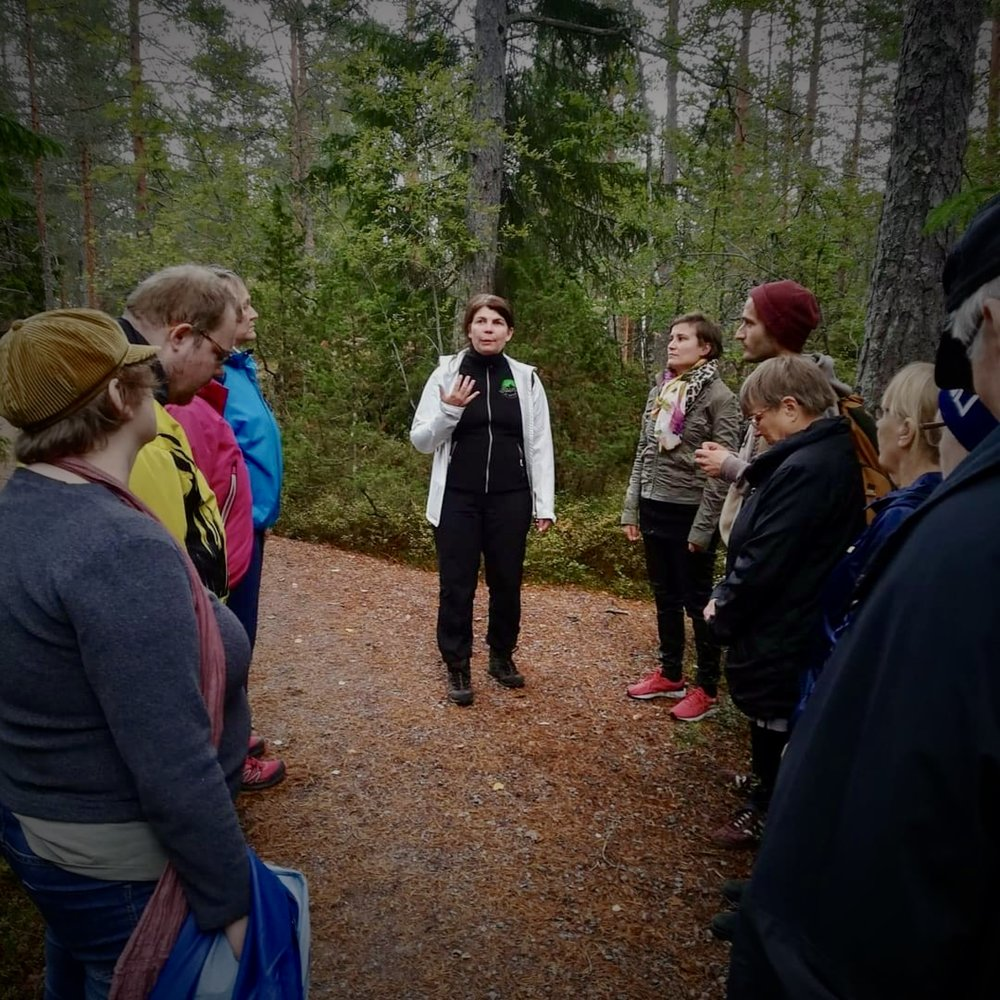 An afternoon with  FinFami Uusimaa  in Nuuksio. Photo: Taru Nyström / Instagram