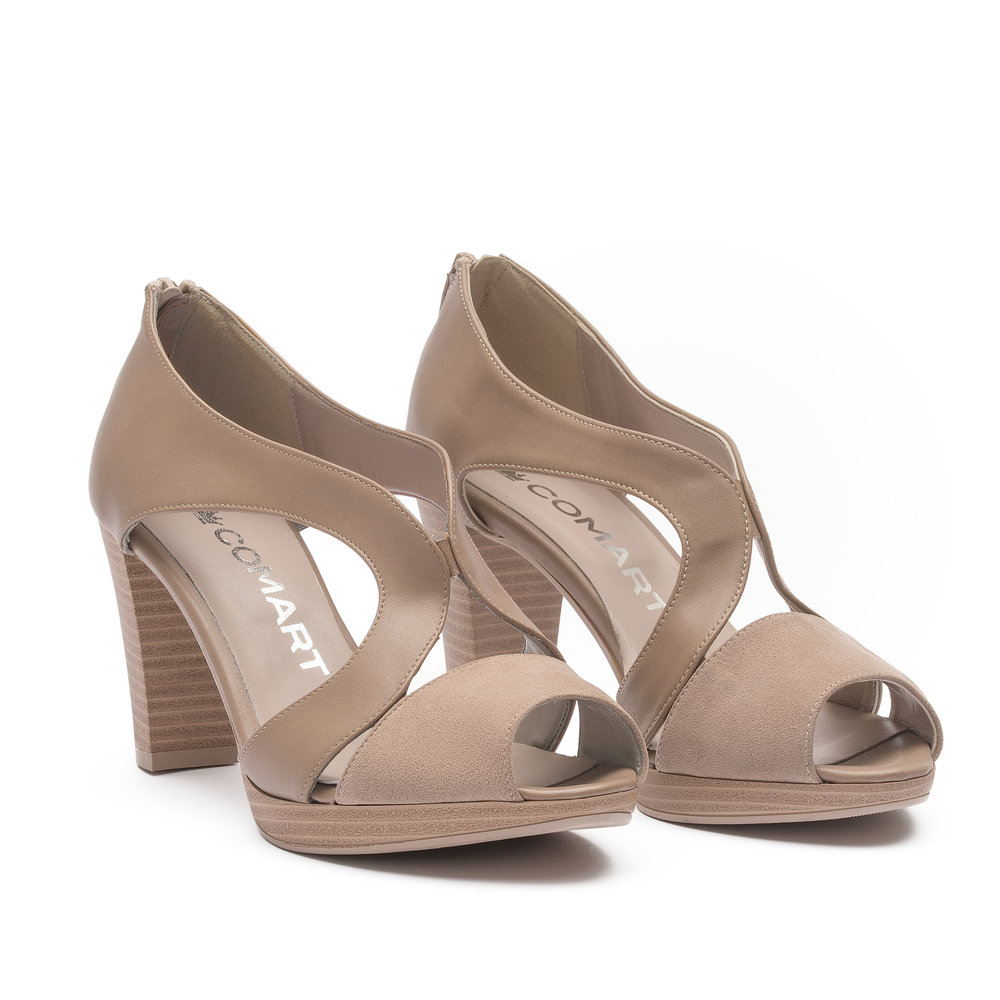 791147 -  Sandal with upper in taupe microfibre and fabric suede, natural leather effect sole and zip at the heel.
