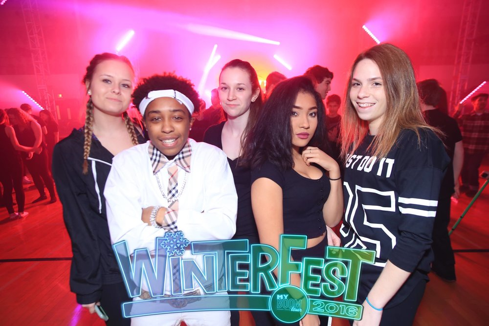 Fremd HS WinterFest16 Photo Booth Lunch Pics130.JPG