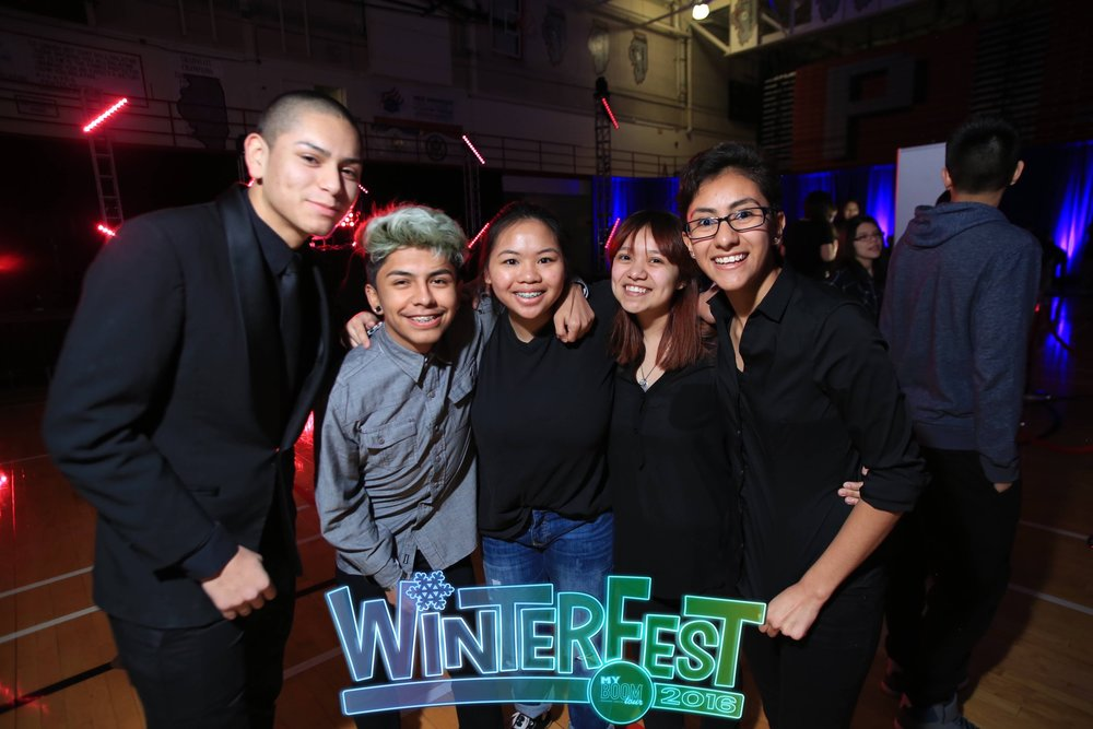 2016 Best of WinterFest - Casual Apparel49.jpg