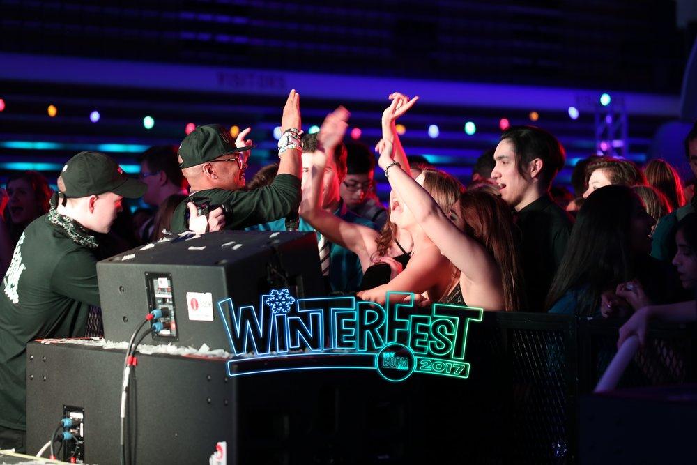 Conant HS WinterFest 2017125.jpg