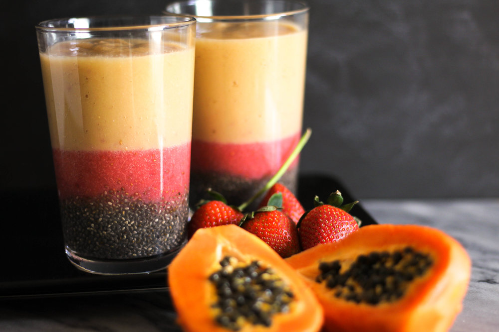 papaya-strawberry-banana-sunrise-chia-foodfanfirst