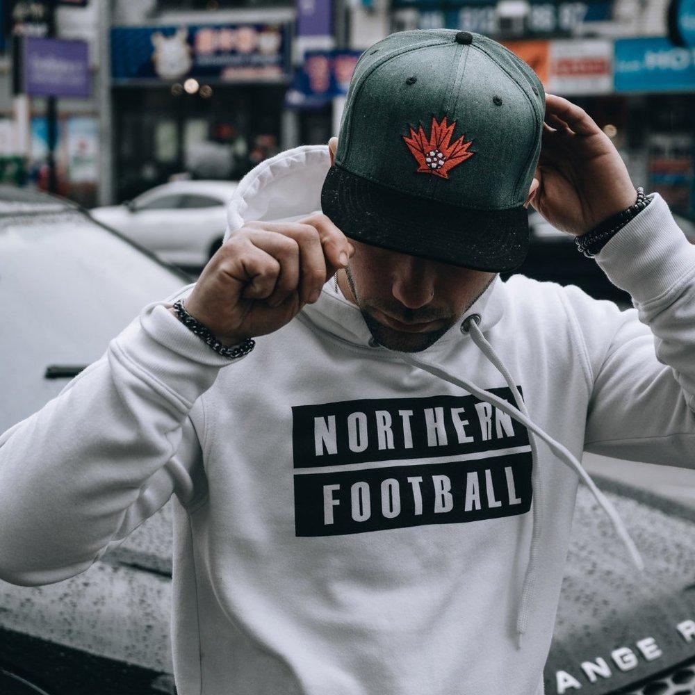 Northern Football Apparel Side Zip Hoodie & Flat Brim Snapback