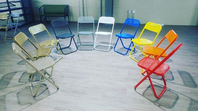 개발하여 제작중인 접이식 메쉬망의자 #접이식의자 #골드의자 #의자 #의자디자인