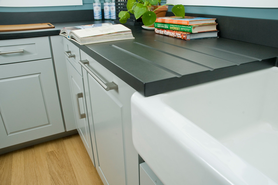 Designer+Fabricator/ Susan Gilmore With Norcraft Cabinetry : Color/Grays  Harbor : Photo