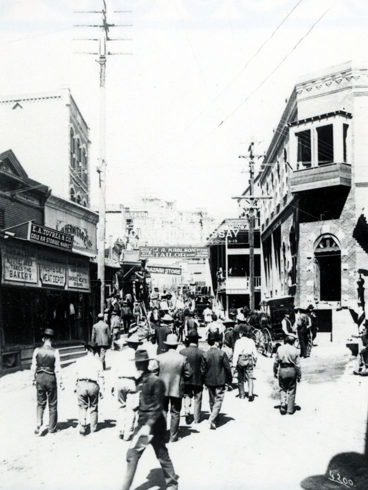 black and white street scene.jpg