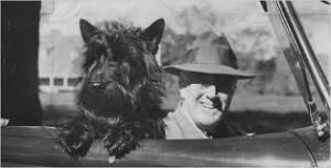 FAla-Roosevelt-in-Car-300x152.jpg