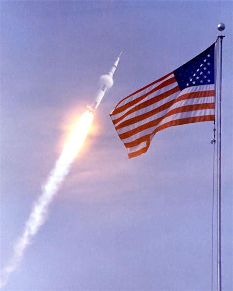 launchwithflag.jpeg