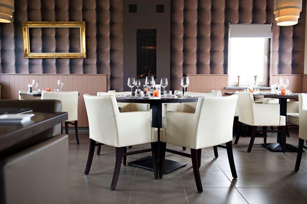 4 couverts et verres ichtechem restaurant resto .jpg