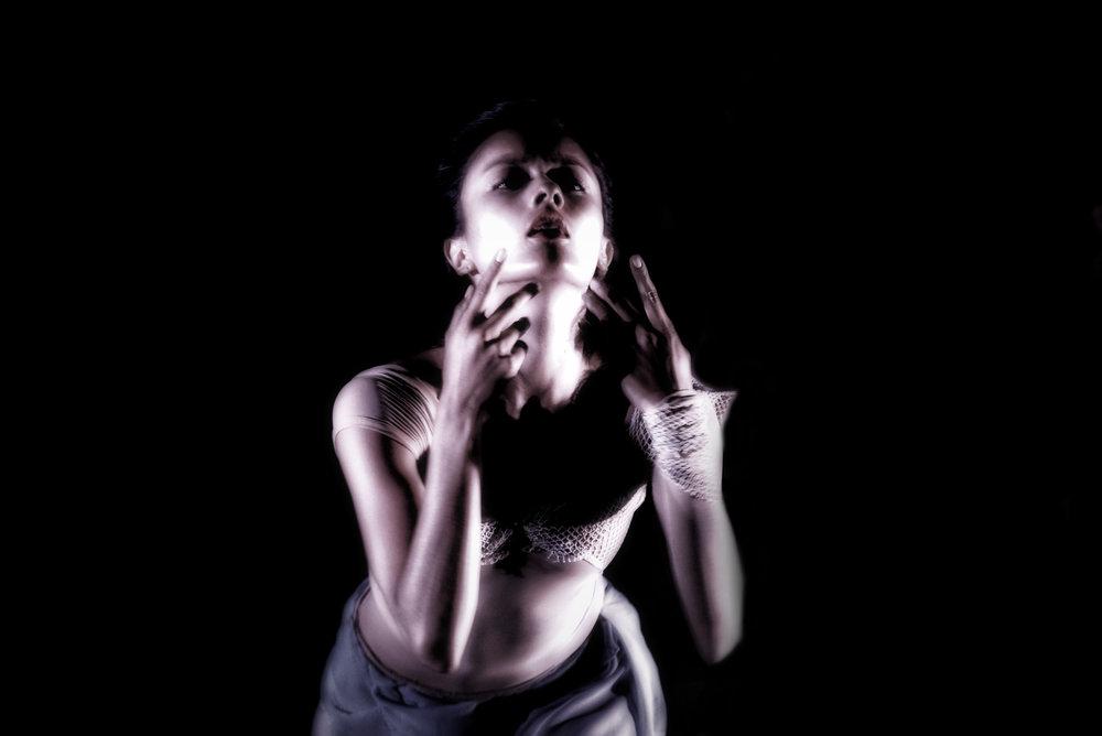 _DSC0486 12x8 ReT SideFigure +Ton Bleached Drama-ColorFX Midnight Bright Neutral .jpg