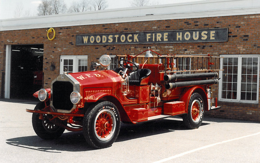 Restored 1923 Maxim fire engine