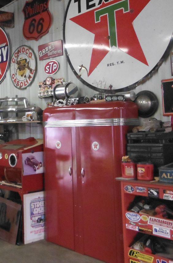 Alemite_Cabinets_red.jpg