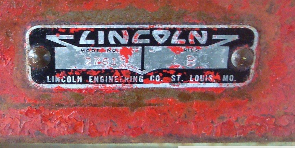 Lincoln_StandAlone_ID_plate_series_B.jpg