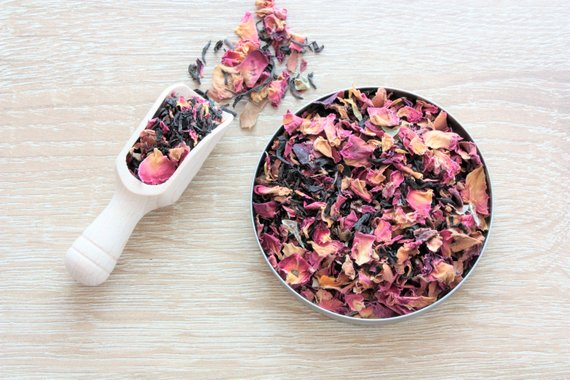 Rosie Lea Tea    on Etsy has a variety of different teas like Choco-Chai or Chilli-Mint tea !