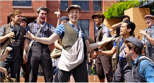 Newsies performance at Disney Studios