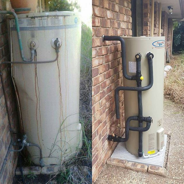 This #Rheem Hot Water Unit had a very good life - it was installed in 1992! Unfortunately, it ruptured last week, so we replaced it with a new AquaMax! 👍  #brisbaneplumber #plumber #hotwater