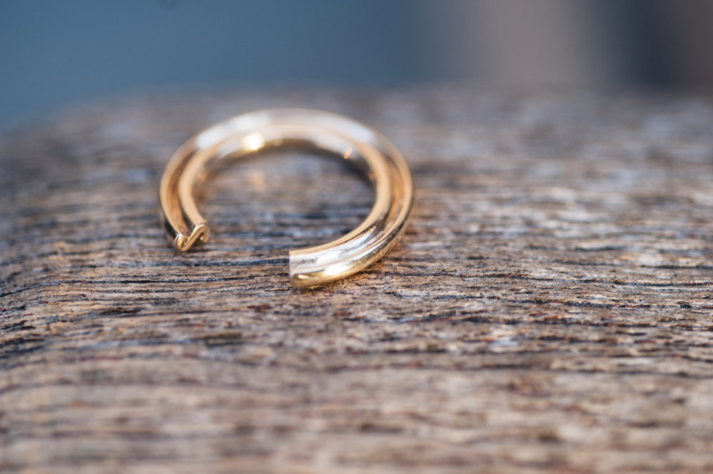 S Ring in 14K Gold