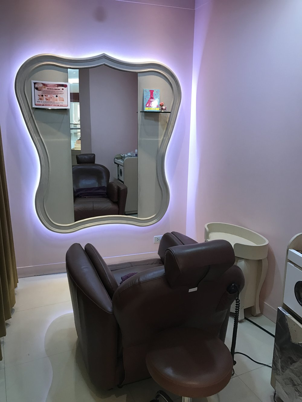 Private treatment room at the Anastasia Beverly Hills salon