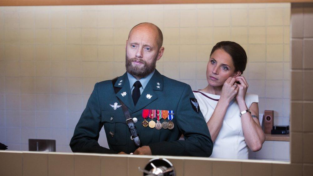Uniform Measures: Aksel Hennie (Erling) and Tuva Novotny (Johanne) in Netflix's  Nobel