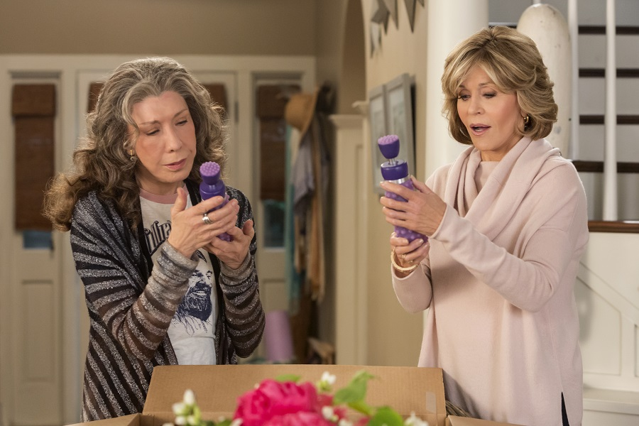 Purple Haze: Lily Tomlin (Frankie) and Jane Fonda (Grace) in Netflix's  Grace & Frankie