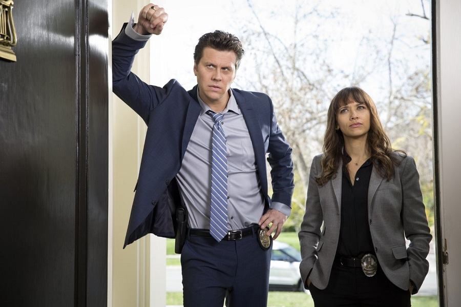 Clueless: Hayes McArthur ('Jay' Geils) and Rashida Jones (Angie) in Stan's  Angie Tribeca