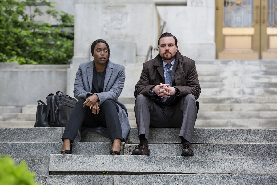 Sit Down, Be Humble: Clare-Hope Ashitey (K.J.) and Michael Mosley (Rinaldi) in Netflix's  Seven Seconds