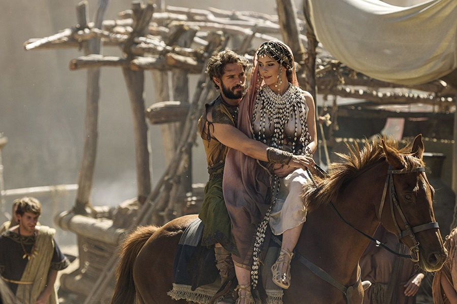 There's No Place Like Homer: Paris (Louis Hunter) and Helen (Bella Dayne) in Netflix's  Troy: Fall of a City