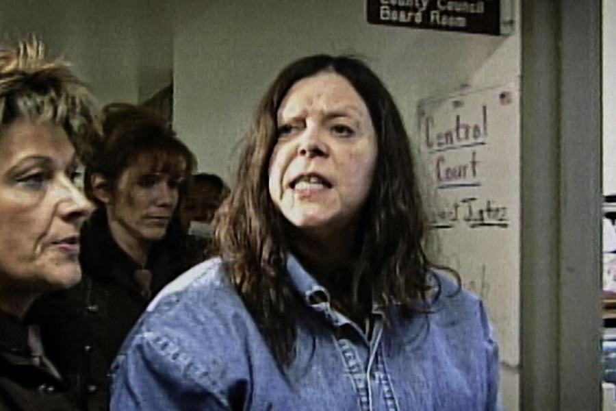 Jailhouse Rocket: Marjorie Diehl-Armstrong entering court in Netflix's  Evil Genius