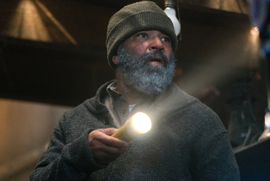 Torch Song: Jeffrey Wright (Russell Core) in  Hold the Dark