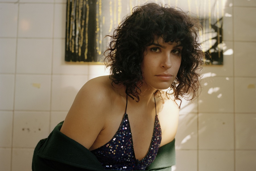Ch-Ch-Changes: Desiree Akhavan (Leila) in  The Bisexual