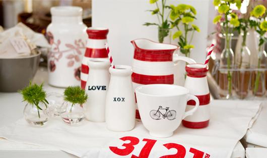 Australian made ceramics from Robert Gordon. Photo - courtesy of Sue Bailey.