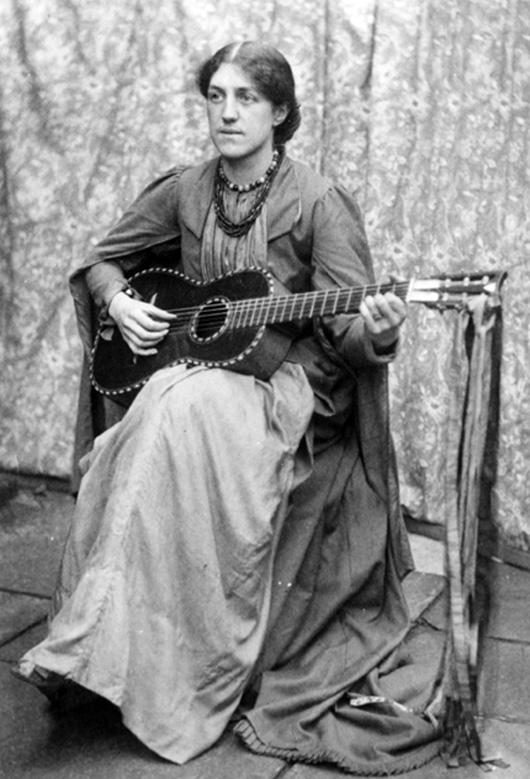 May-Morris-Guitar-1890s
