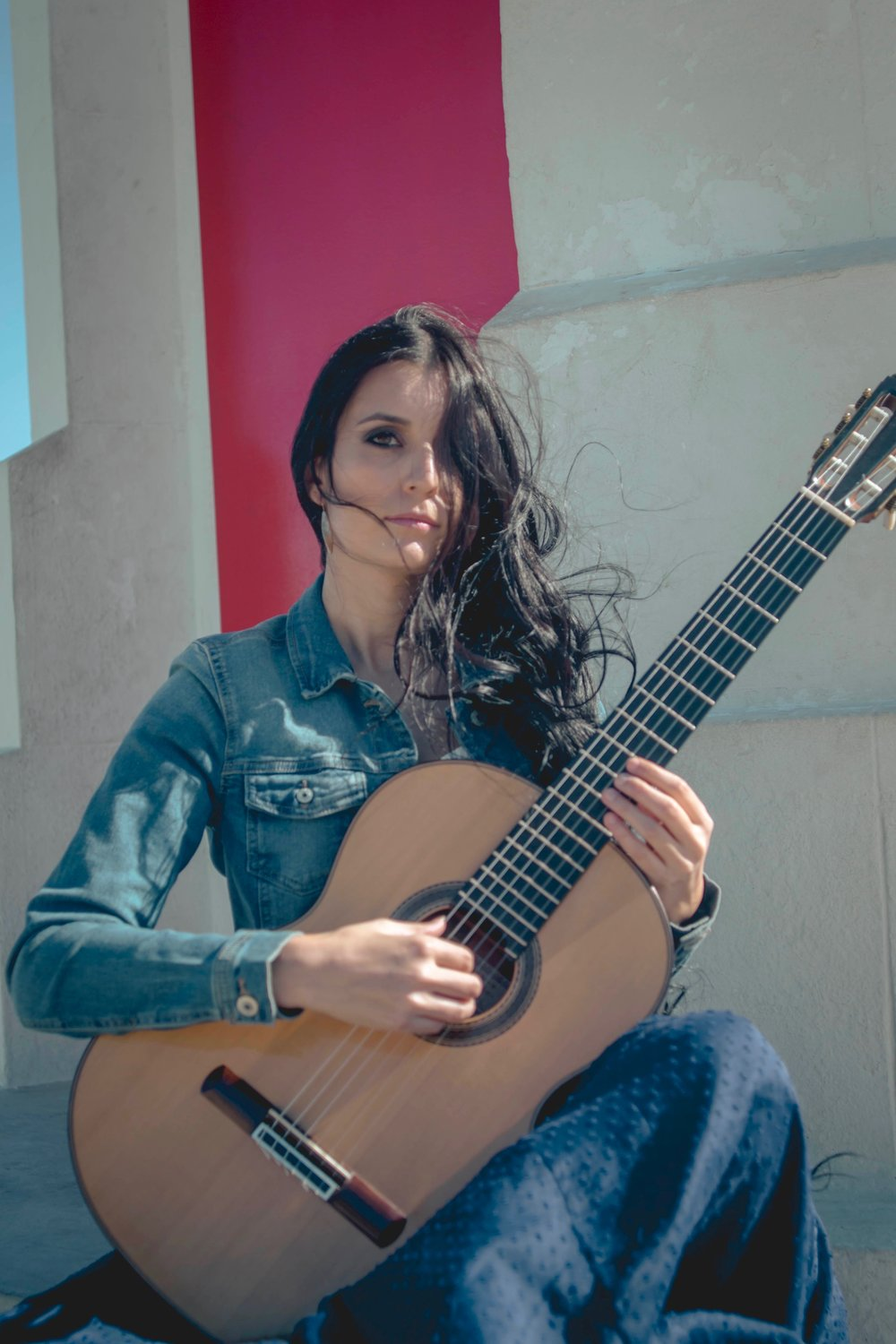 isabel martinez guitar 14.jpg