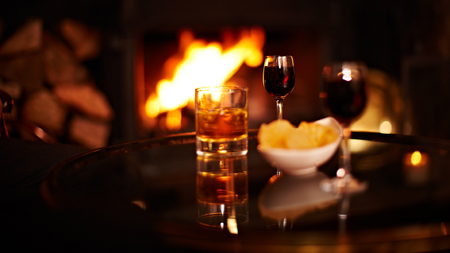 Drinks-by-the-fire-450x253.jpg