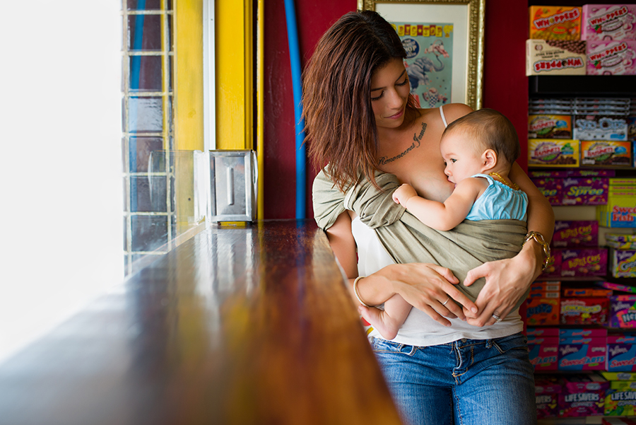 big-top-candy-shop-photography-public-breastfeeding-awareness-project-austin