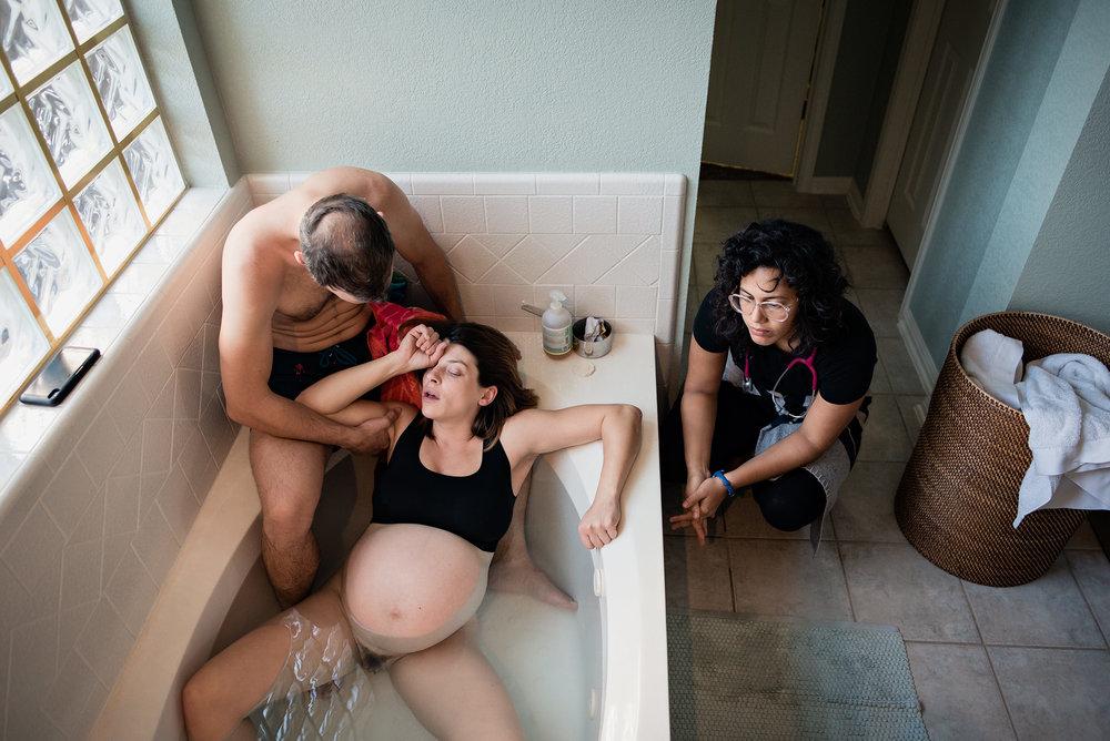 austin home water birth photography christy tashjian midwife.jpg