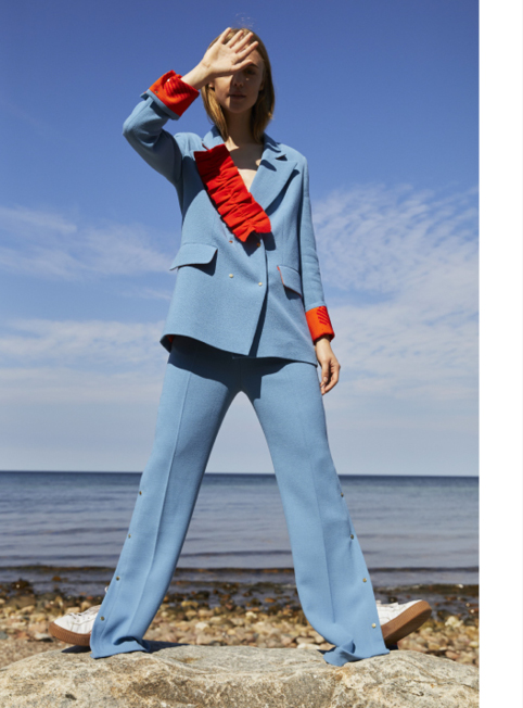 3022 GURLI BLAZER w FRILL - Double breasted blazer with removable frill £700100% Crepe woolColour options BLUE/BLACK/RED/YELLOW