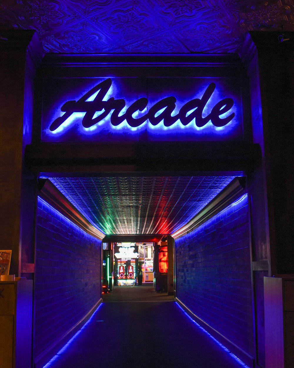 amusement-arcade-bright-1293261.jpg