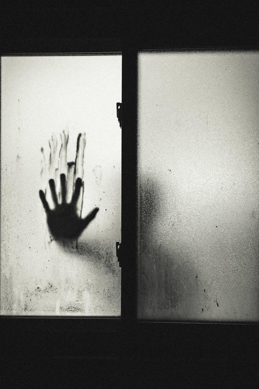 black-and-white-blood-creepy-8578.jpg