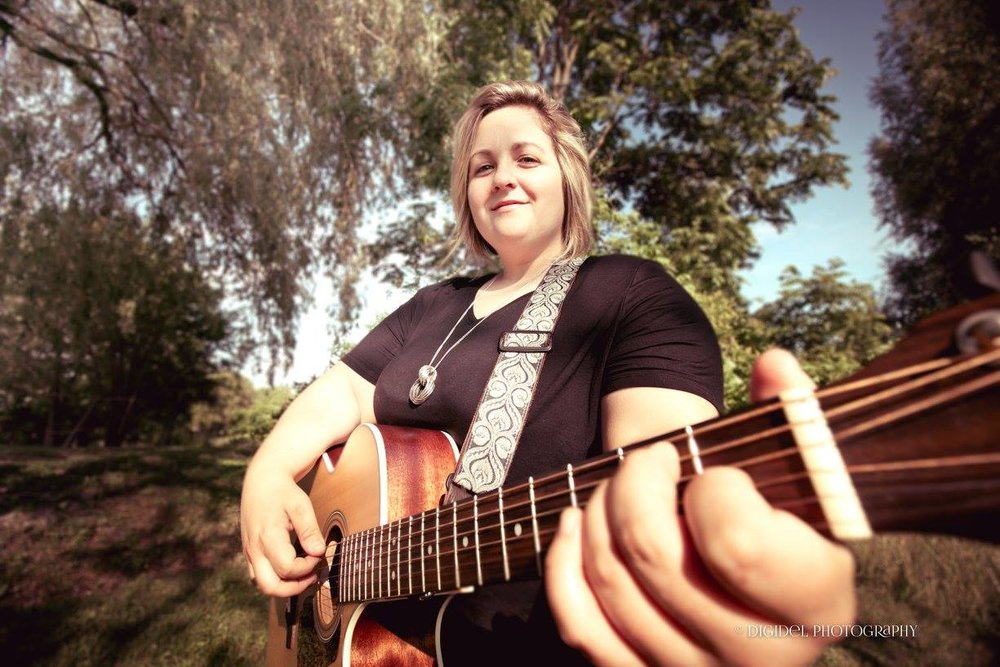 Holly Smith, Musician