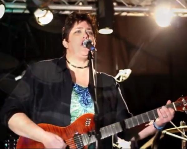 Annette Smith,  Musician, Singer/Song Writer, Educator